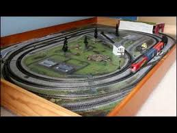 hornby 00 ho scale set with piko locomotive and freight