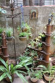 Planter S House by Download Odd Planters Waterfaucets