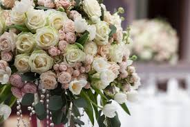 wedding floral arrangements don t toss your wedding flowers them mnn nature