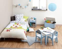 chambre enfant pinterest chambre d u0027enfant ambiance home story guirlande led chevet