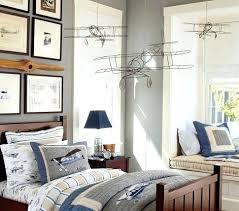 airplane bedroom decor airplane bedroom decor best toddler boy bedrooms ideas on toddler