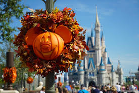 magic kingdom u0027s fall halloween decorations 2015 photo 1 of 32