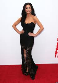 cathrine zeta catherine zeta jones turns heads in lace gown at u0027red 2 u0027 premiere