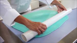 how to cover a cake with fondant satin ice youtube