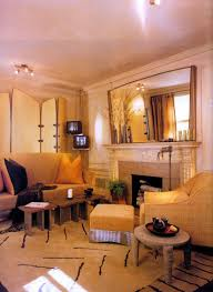 Feng Shui Livingroom Tips And Decorationg Ideas For Feng Shui Living Room Mirror Hand