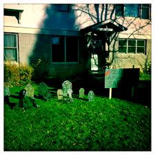 56 pinterest halloween outdoor decorations halloween yard decor