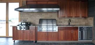 modern outdoor kitchen design with evo u0027s flattop grill campaign