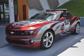 camaro pace car file 2011 daytona 500 pace car camaro jpg wikimedia commons