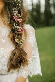 wedding flowers hair 9 boho hairstyles for summer brides
