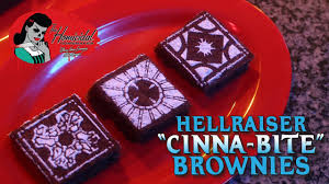 Sweet 16 Halloween Cakes by Hellraiser