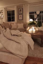 Wandgestaltung Wohnzimmer Gelb Couch Landhausstil Wohnzimmermöbel Möbelideen Ideen Wohnzimmer