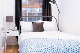 chambre chez l habitant angleterre bed bathroom in manchester city centre chambre