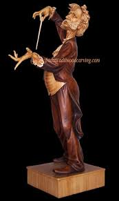 wood carving caricatures caricature carving of an opera conductor maestro wood carving