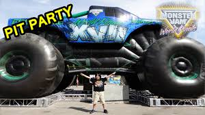 monster jam truck tickets 2016 monster jam world finals xvii awesome pit party youtube