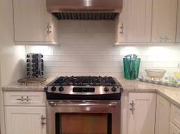 25 kitchen backsplash glass tile ideas in a more modern touch