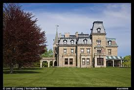 victorian style mansions picture photo chateau sur mer mansion in victorian style viewed