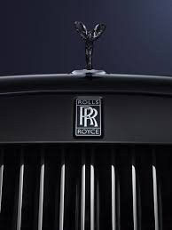 rolls royce wraith headliner the rolls royce black badge turns u0027murdering out u0027 into an elegant
