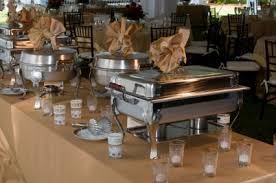 how to set a buffet table with chafing dishes to use chafers when catering thanksgiving dinner