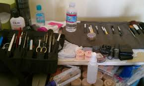 set etiquette saturday kit fee movie makeup by makeup dr shari