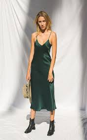 silk dresses look while wearing silk dress yasminfashions