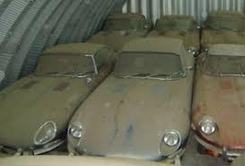 Vintage Cars Found In Barn In Portugal Jaguar E Type Graveyard Barn Find Barn Finds Pinterest Barn