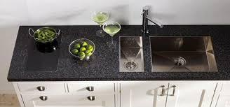 cuisine marbre noir plan de travail marbre noir simple plan de travail en granit noir