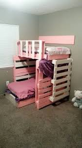 Chaise That Turns Into A Bed Best 25 Pallet Bunk Beds Ideas On Pinterest Bunk Bed Mattress