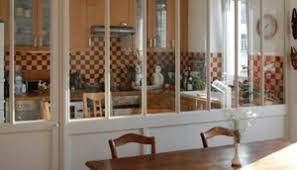 separation vitree cuisine salon verrières d intérieur en bois