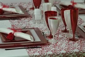 assiette jetable mariage selectionnez les assiettes plastiques pour une meilleure organisation