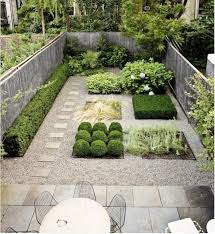 25 beautiful courtyard ideas ideas on small garden best 25 pea gravel cost ideas on cost of gravel