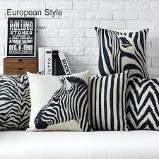 coussins deco coussin de decoration pour canape moderne noir blanc zebra