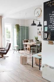 maison home interiors une maison en vert de gris interiors salons and living rooms