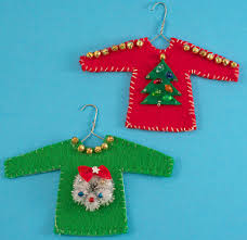 diy sweater ornament allfreeholidaycrafts