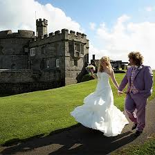 wedding venues 2000 wedding venues with large capacity pendennis castle cornwall