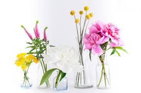 Bud Vase Arrangements Style Your Bouquet 3 Ways With Stem U0026 Bloom Fashionable Hostess
