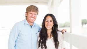chip and joanna gaines tour schedule chip joanna gaines almost broke up over a faulty business plan