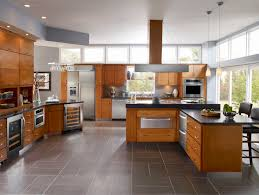 Horizontal Kitchen Cabinets Medium Light Cabinets Dark Counter Mix Of Horizontal And Vertical