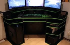 3 Monitor Computer Desk 3 Monitor Computer Desk Beautiful Stunning Monitor Desk