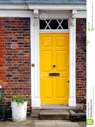 yellow door u0026 seriously considering this color combination yellow