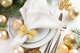 Gold Table Setting by Festive Christmas Table Setting Table Decorations In Gold Tones