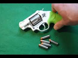 taurus model 85 protector polymer revolver 38 special p 1 75 quot 5r taurus 85 zombie edition protector poly youtube