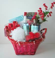 valentines baskets gift baskets ideas inspirationseek
