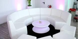rund sofa lounge mietmöbel sofa beim verleih mieten