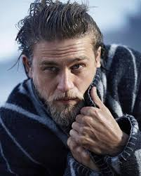 how to get thecharlie hunnam haircut charlie hunnams hair on twitter the hair the hands the facial