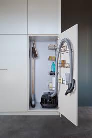 besenschrank küche putzschrank organisieren tipps für die einrichtung