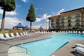 lodging river oregon hotel lion river jantzen portland or booking