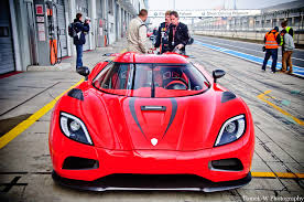 koenigsegg ghost one 1 koenigsegg one 1 vs agera r wallpaper televizyon resmi png image