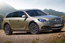 opel chevy opel insignia country tourer could become buick regal crossover