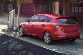 nissan leaf vs ford focus electric 2013 ford focus electric overview cars com
