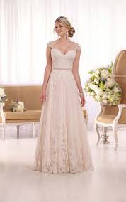 13 best wedding dresses images on pinterest wedding dressses